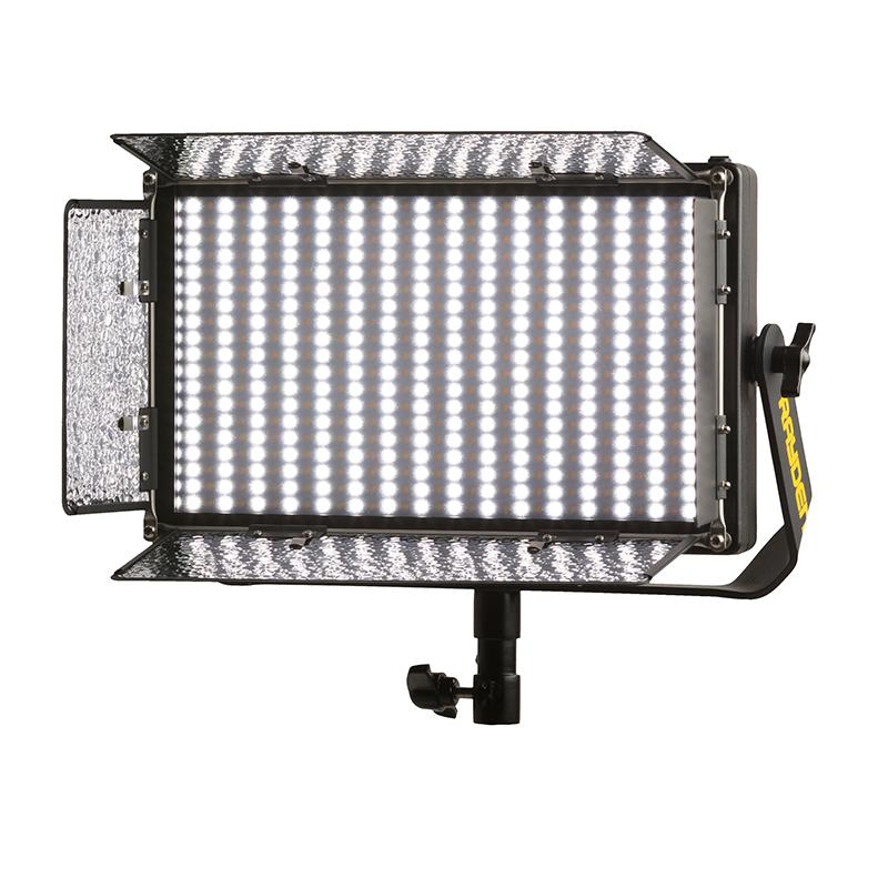 ikan Rayden RBX5 Medio x 1 luz de estudio LED bicolor con DMX